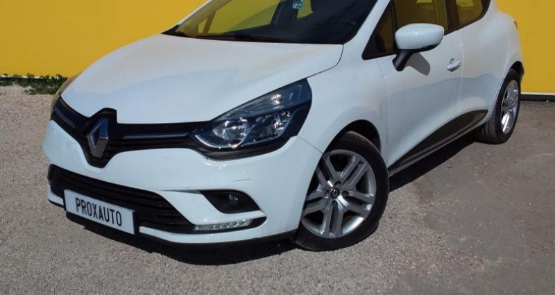 Renault Clio IV BUSINESS dCi 90 Energy eco2 82g Blanc occasion à Fontenay-le-vicomte