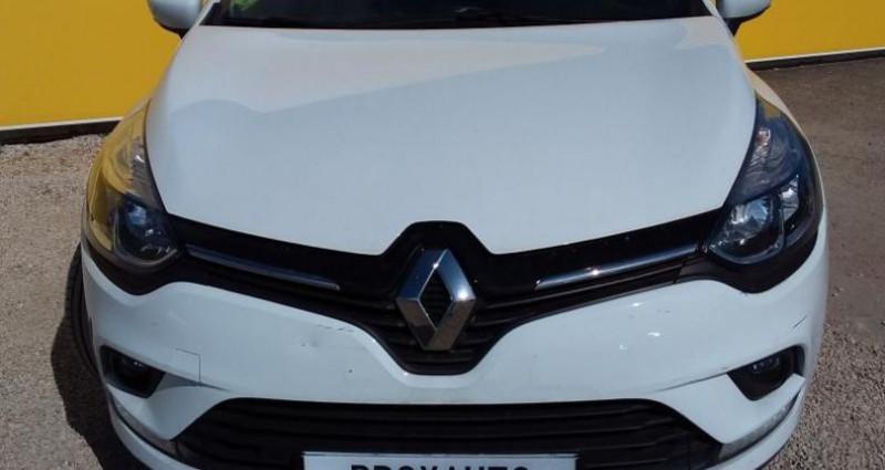 Renault Clio IV BUSINESS dCi 90 Energy eco2 82g Blanc occasion à Fontenay-le-vicomte - photo n°2