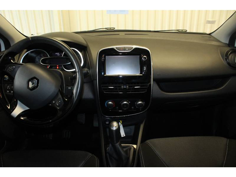 Renault Clio IV BUSINESS dCi 90 Energy eco2 82g Blanc occasion à TARBES - photo n°8