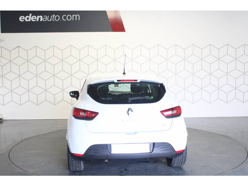 Renault Clio IV BUSINESS dCi 90 Energy eco2 82g Blanc occasion à TARBES - photo n°4