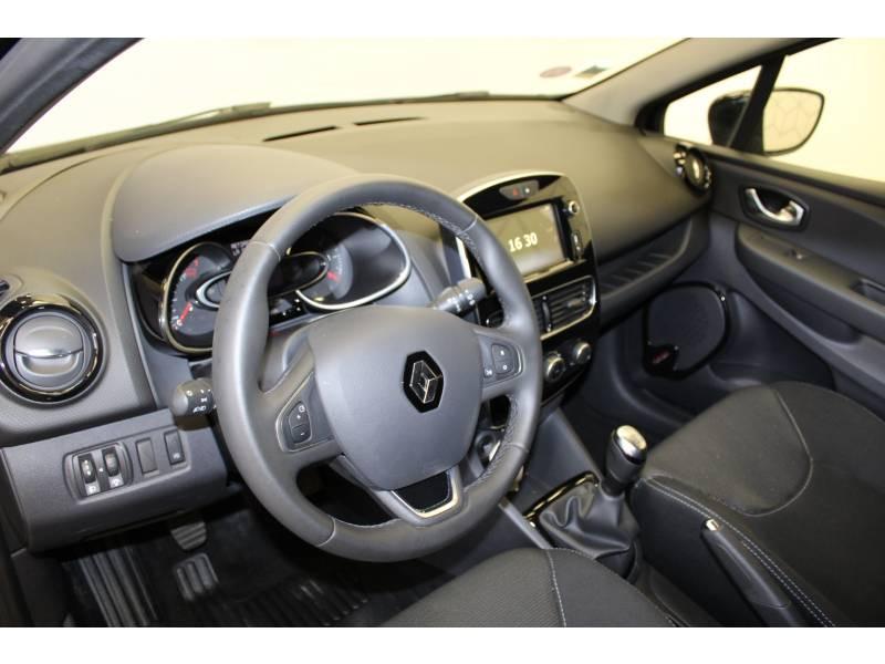 Renault Clio IV BUSINESS TCe 90 E6C Noir occasion à Orthez - photo n°2