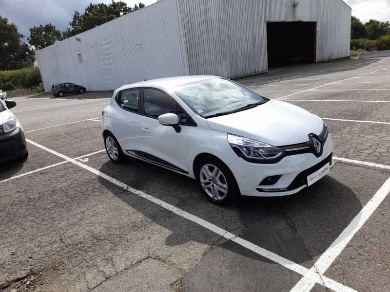 Renault Clio IV BUSINESS TCe 90 E6C Blanc occasion à SAINT-BRIEUC