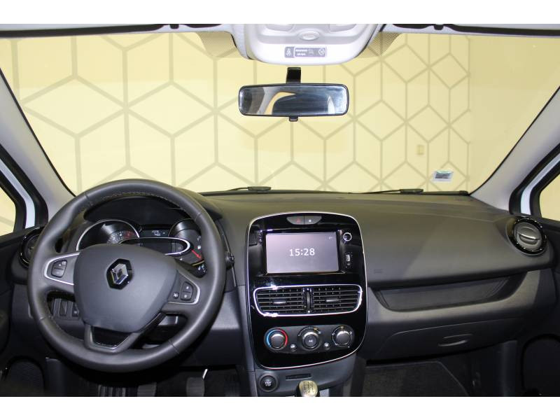 Renault Clio IV BUSINESS TCe 90 Energy Blanc occasion à Biarritz - photo n°4