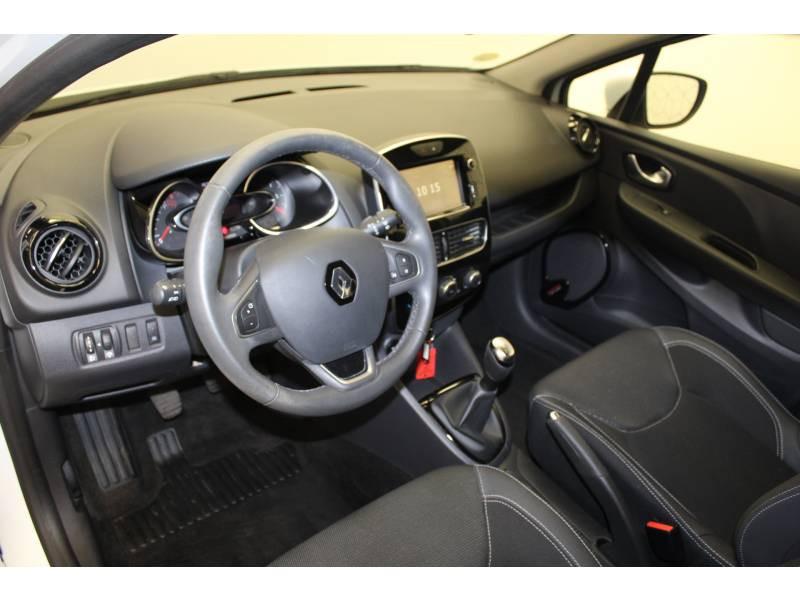 Renault Clio IV dCi 75 Energy Zen Blanc occasion à Orthez - photo n°2