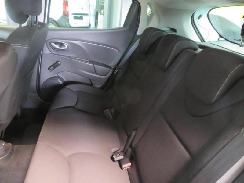 Renault Clio IV dCi 90 E6C Limited Blanc occasion à QUIMPER - photo n°12