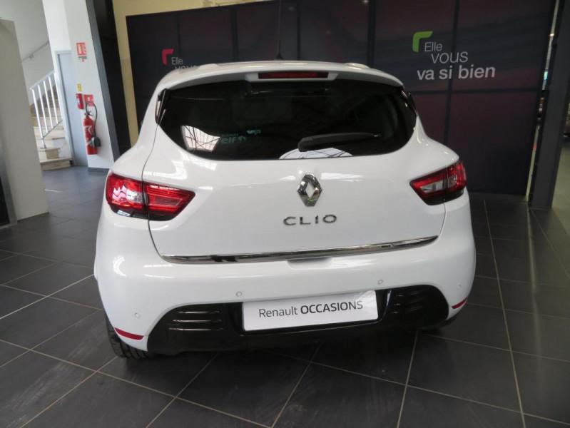 Renault Clio IV dCi 90 E6C Limited Blanc occasion à QUIMPER - photo n°7