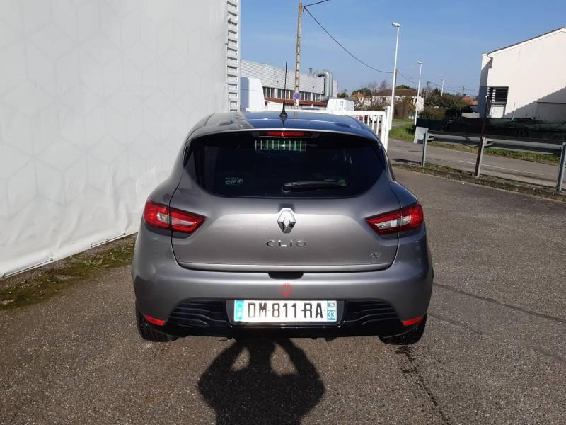 Renault Clio IV dCi 90 Energy eco2 Graphite 90g Gris occasion à Agen - photo n°4