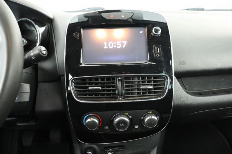Renault Clio IV dCi 90 Energy Limited Gris occasion à Mérignac - photo n°12