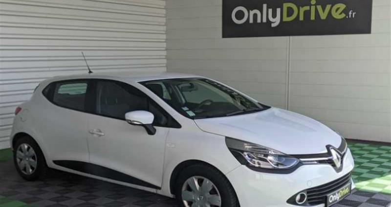 Renault Clio IV SOCIETE 1.5 dCi 75 Eco2 Air Medianav Blanc occasion à SAINT FULGENT