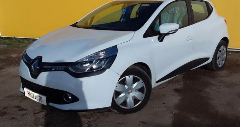 Renault Clio IV SOCIETE DCI 75 ENERGY AIR MEDIANAV Blanc occasion à Fontenay-le-vicomte