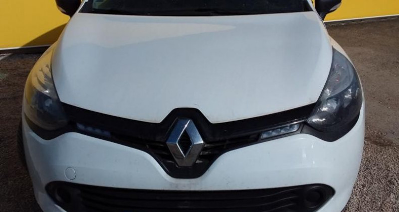 Renault Clio IV SOCIETE DCI 75 ENERGY AIR Blanc occasion à Fontenay-le-vicomte - photo n°2