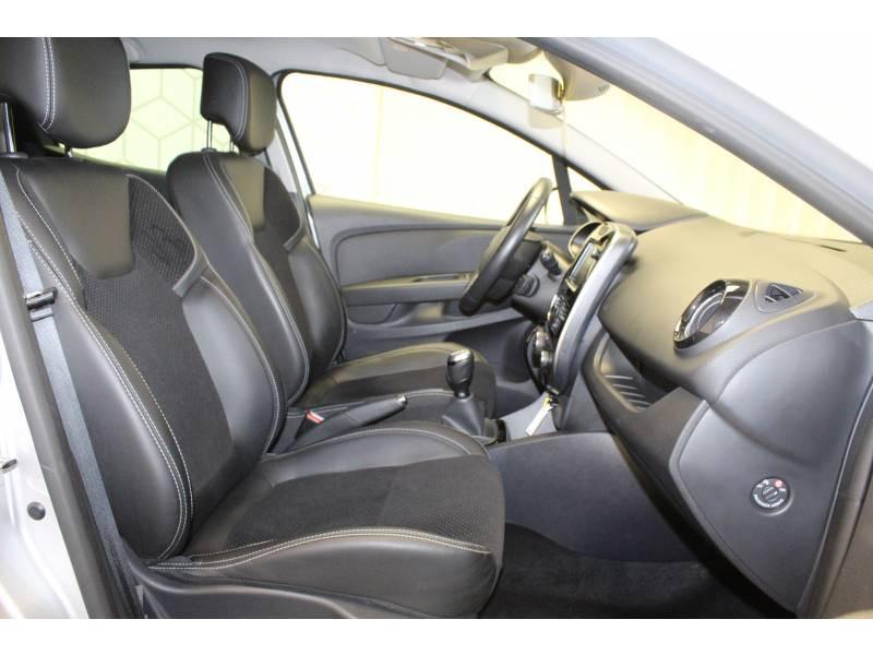 Renault Clio IV TCe 90 E6C Intens Gris occasion à TARBES - photo n°12