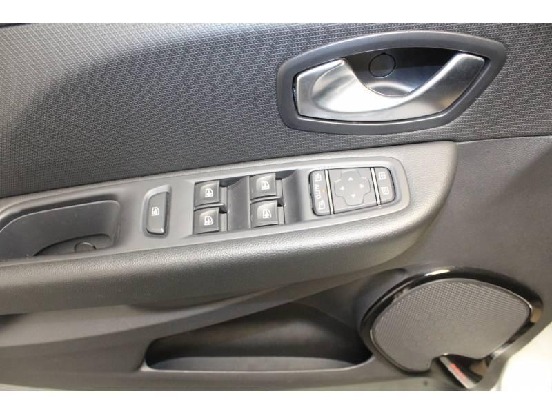 Renault Clio IV TCe 90 E6C Intens Gris occasion à TARBES - photo n°10