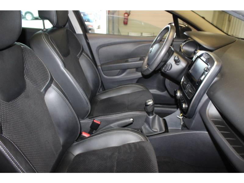 Renault Clio IV TCe 90 Energy Intens Noir occasion à TARBES - photo n°12