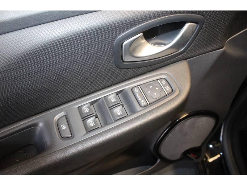 Renault Clio IV TCe 90 Energy Intens Noir occasion à TARBES - photo n°10