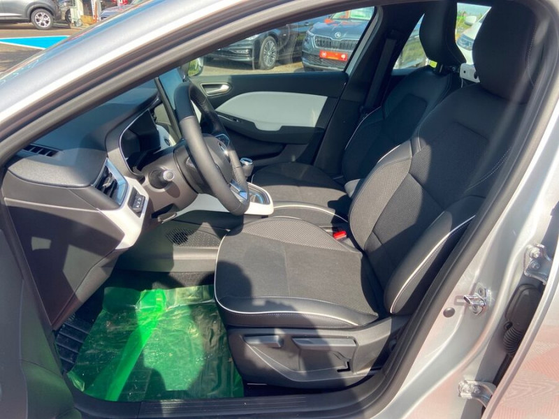 Renault Clio V BlueDCi 115 BV6 INTENS GPS 9.3 Caméra Gris occasion à Montauban - photo n°3