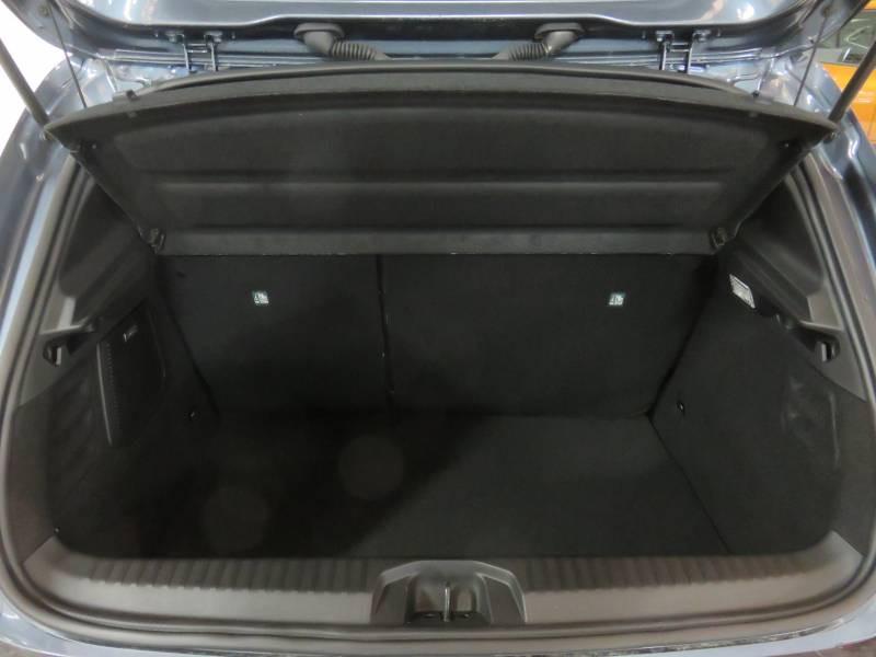 Renault Clio V E-Tech 140 Intens Gris occasion à BAYONNE - photo n°8