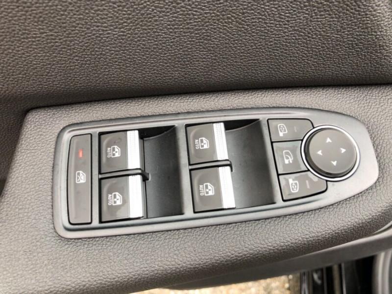 Renault Clio V TCe 100 INTENS GPS 9.3 Caméra Noir occasion à Montauban - photo n°15