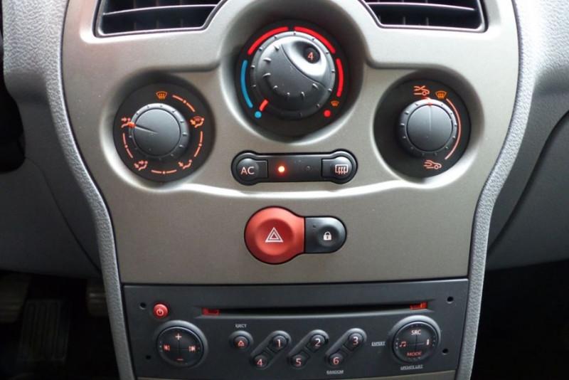 Renault Grand Modus 1.5 DCI 70CH EXPRESSION Gris occasion à Challans - photo n°7