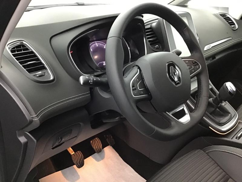 Renault Grand Scenic 1.7 Blue Dci 150ch Bvm6 Final Edition Marron occasion à SAINT-GREGOIRE - photo n°10