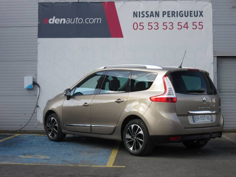 Renault Grand Scenic III TCe 130 Energy Bose Edition 7 pl Beige occasion à Périgueux - photo n°3