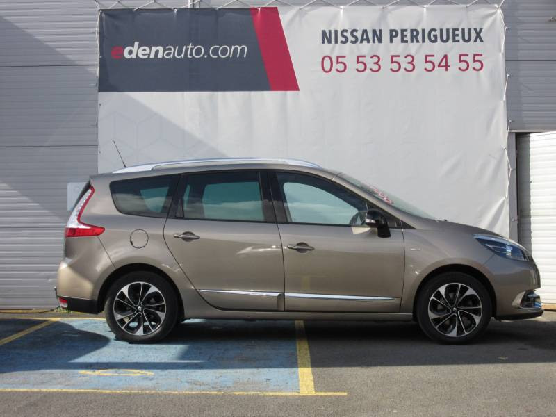 Renault Grand Scenic III TCe 130 Energy Bose Edition 7 pl Beige occasion à Périgueux - photo n°7