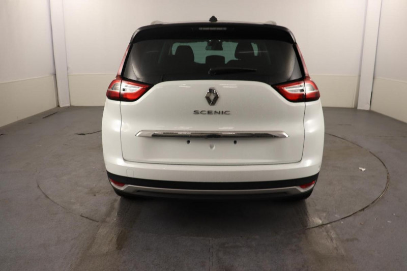 Renault Grand Scenic IV Blue dCi 120 EDC Intens Blanc occasion à Brest - photo n°4