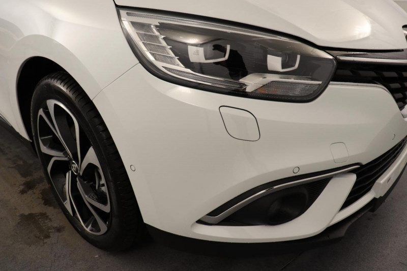 Renault Grand Scenic IV Blue dCi 120 EDC Intens Blanc occasion à Toulouse - photo n°9