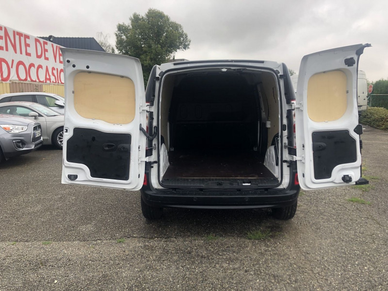 Renault Kangoo II MAXI 1.5 DCI 110CH GRAND VOLUME EXTRA R-LINK Blanc occasion à Thiverval-Grignon - photo n°9