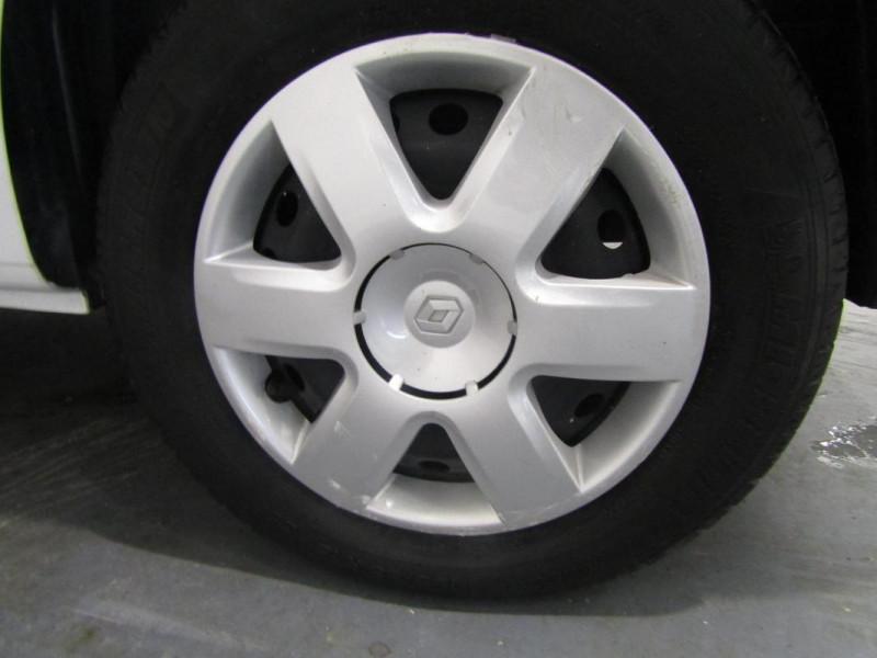 Renault Kangoo 1.5 DCI 75 ENERGY E6 GRAND Blanc occasion à PONTIVY - photo n°12