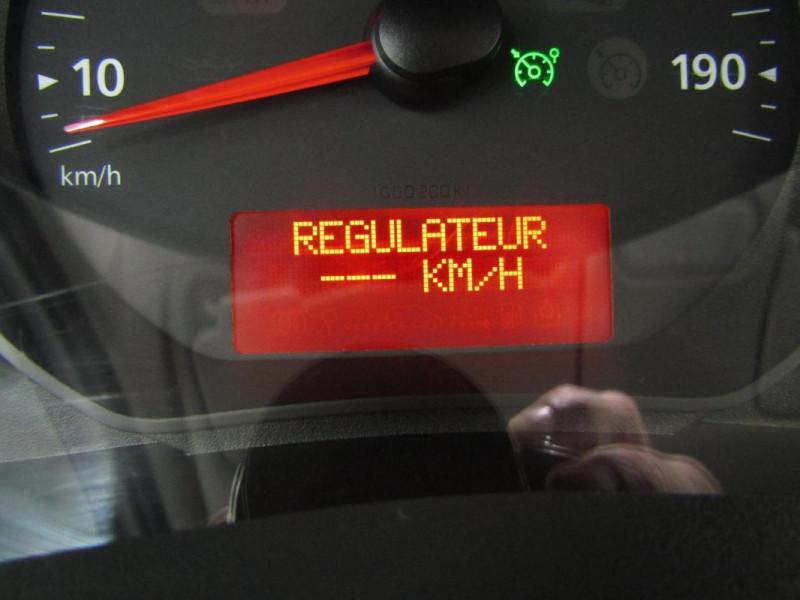 Renault Kangoo 1.5 DCI 75 ENERGY E6 Blanc occasion à PONTIVY - photo n°11