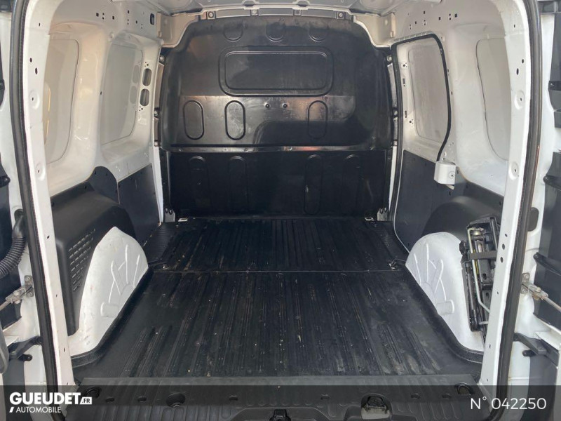 Renault Kangoo 1.5 dCi 75ch energy Confort Euro6 Blanc occasion à Boulogne-sur-Mer - photo n°14