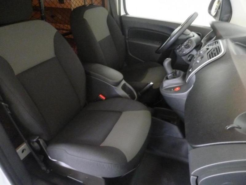 Renault Kangoo 1.5 DCI 90 ENERGY E6 EXTRA Blanc occasion à LOUDEAC - photo n°8