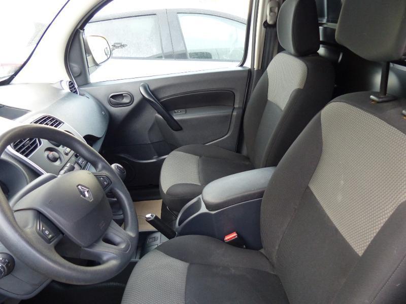 Renault Kangoo 1.5 dCi 90 Energy Grand Confort FT Blanc occasion à Millau - photo n°20