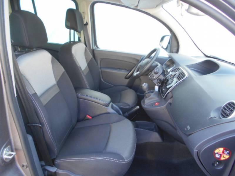 Renault Kangoo Blue dCi 115 Intens Gris occasion à Sainte-Bazeille - photo n°3