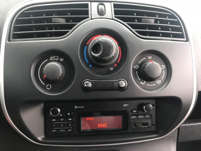 Renault Kangoo COMPACT 1.5 DCI 75 ENERGY E6 GRAND CONFORT Blanc occasion à Sainte-Bazeille - photo n°5