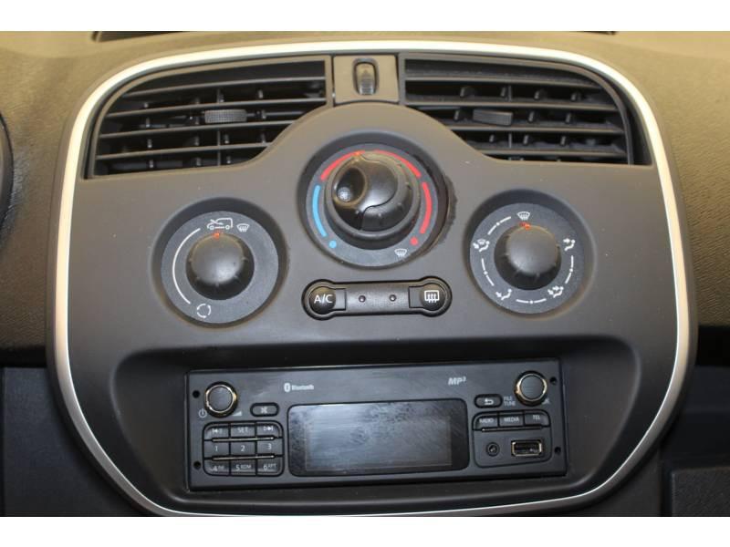 Renault Kangoo GRAND VOLUME MAXI 1.5 DCI 90 ENERGY E6 CONFORT Blanc occasion à Orthez - photo n°9