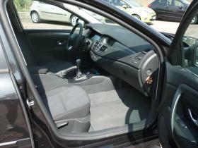 Renault Laguna III 1.5 dCi 110ch Carminat eco² Noir occasion à Portet-sur-Garonne - photo n°4