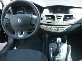 Renault Laguna III 1.5 dCi 110ch Carminat eco² Noir occasion à Portet-sur-Garonne - photo n°9