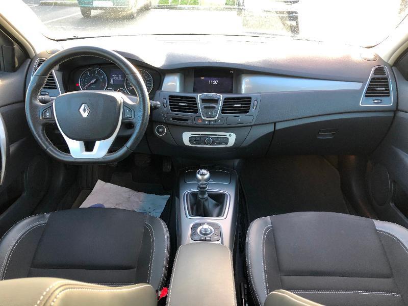Renault Laguna 1.5 dCi 110ch Zen eco² Beige occasion à Gien - photo n°6