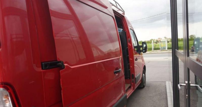 Renault Master 2.3 DSL-35FOU MWB-TREKHAAK-3ZITPL-6VIT-10400+BTW Rouge occasion à Hulste-Harelbeke - photo n°5