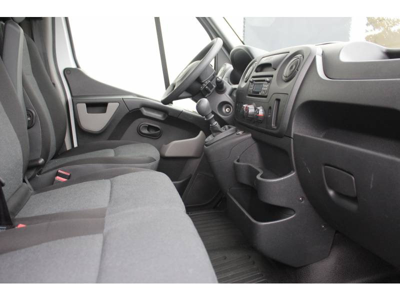 Renault Master CHASSIS CABINE CC L3 3.5t 2.3 dCi 145 ENERGY E6 GRAND CONFOR Blanc occasion à DAX - photo n°2