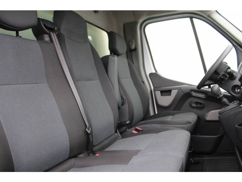 Renault Master CHASSIS CABINE CC L3 3.5t 2.3 dCi 145 ENERGY E6 GRAND CONFOR Blanc occasion à DAX - photo n°3