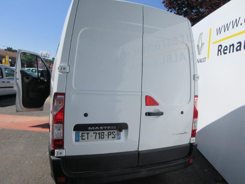 Renault Master F3300 L2H2 2.3 dCi 130ch Grand Confort Euro6 Blanc occasion à Albi - photo n°4
