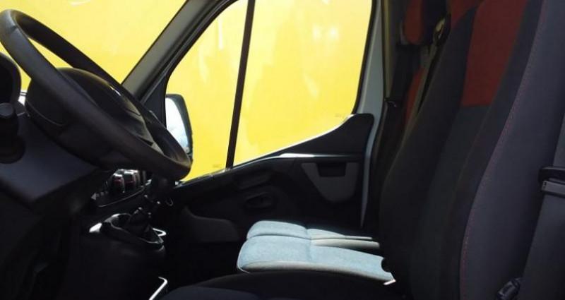 Renault Master FOURGON FGN L2H2 3.3t 2.3 dCi 110 E6 GRAND CONFORT Blanc occasion à Fontenay-le-vicomte - photo n°7