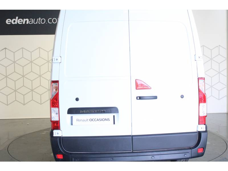 Renault Master FOURGON FGN L2H2 3.3t 2.3 dCi 130 E6 GRAND CONFORT Blanc occasion à TARBES - photo n°4