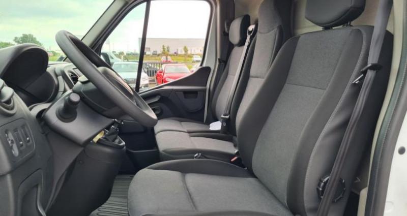 Renault Master GRAND CONFORT 3T5 L2 H2 DCI 130 Blanc occasion à SAINTES - photo n°6