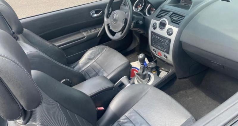 Renault Megane CC 2.0 16V 136CH LUXE DYNAMIQUE Noir occasion à VOREPPE - photo n°3