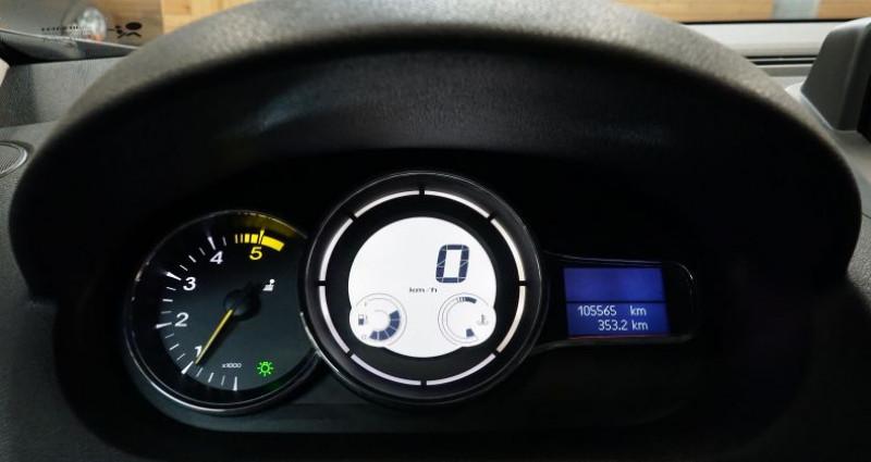 Renault Megane Coupe III (2) COUPE 1.5 DCI 110 ECO2 Gris occasion à RONCQ - photo n°2