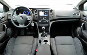 Renault Megane Estate 1.5 DCI 110CH ENERGY EXPERIENCE  occasion à Biganos - photo n°2